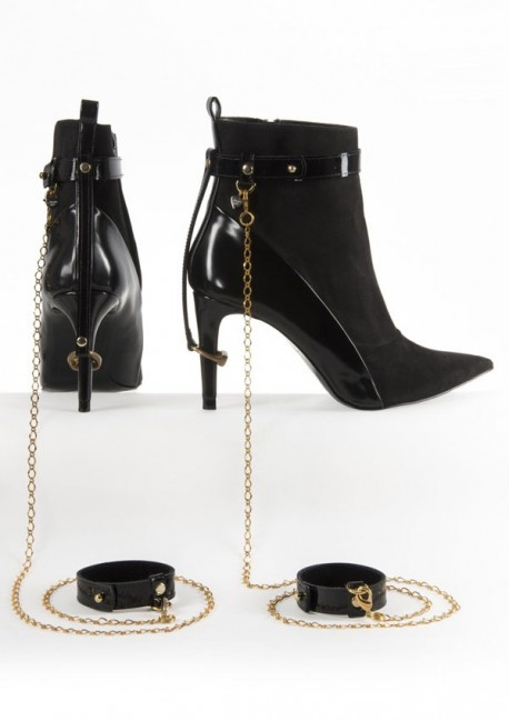 La Captive ankle and cuffs restraints Fräulein Kink