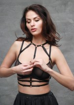 Samantha harness Flash You And Me
